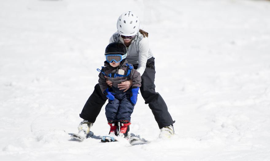 skiing with child obergurgl
