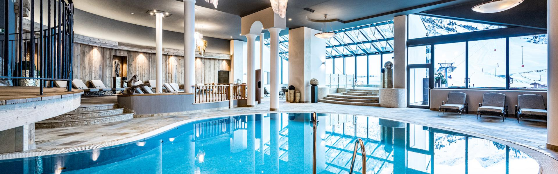 indoor swimming pool wellness vacation ötztal